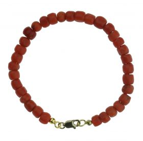Bloedkoraal kinder armband met 14 karaats gouden slot