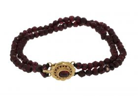 Antieke granaten dames armband met ovale 14 karaats gouden sluiting