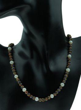 Cloisonne en parel collier met witgouden sluiting