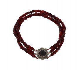 3-strengs glasgranaten armband aan zilveren slot