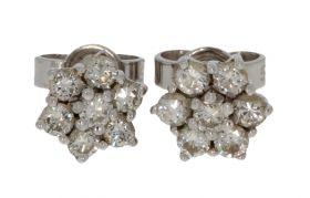 14 karaats witgouden entourage oorbellen 14 diamanten