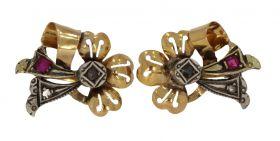 Antieke 18 karaats gouden oorbellen diamanten en robijn