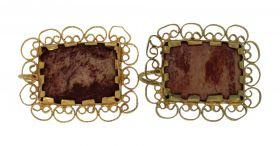 Antieke 14 karaats gouden oorstekers met goudsteen