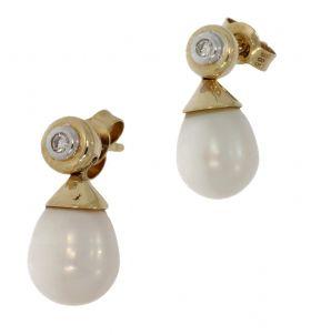 14 karaats gouden parel oorbellen met diamant