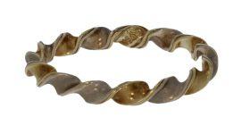 14 karaats bicolor gouden wokkel aanschuif ring