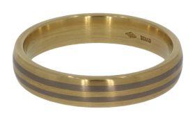 18 karaats gouden unisex ring met titanium bewerking