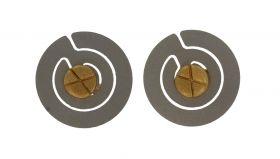 Ronde 14 karaats gouden oorstekers met titanium omlijsting