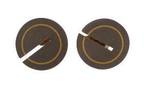 14 karaats gouden oorstekers met titanium design