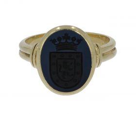 14 karaats gouden Vintage zegelring familiewapen blauwe lagensteen