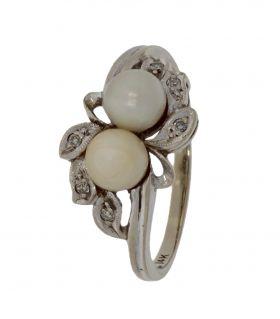 Antieke 14 karaats witgouden parel ring met 6 diamanten